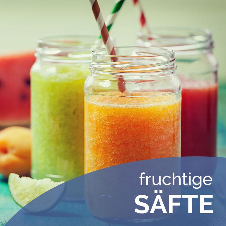 Getränkeheimdienst Hausotte: fruchtige Säfte: Apfelsaft, Orangensaft, Tomatsaft. Für Ihr Büro auch in Tagungsflaschen.